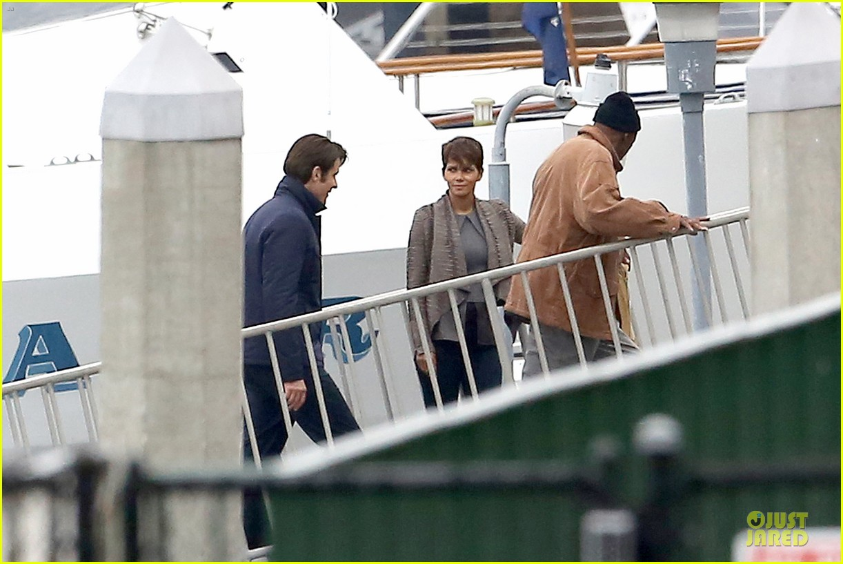 halle berry goran visnjic pda for extant 113078533