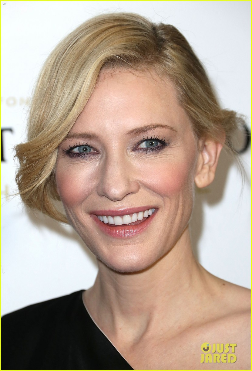 cate blanchett preps for oscars at dinner wtih sally hawkins 023063433