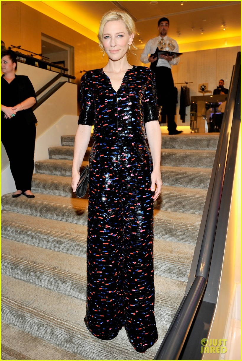 cate blanchett dons two different dresses at rodeo drive awards giorgio armani celebration 053062802