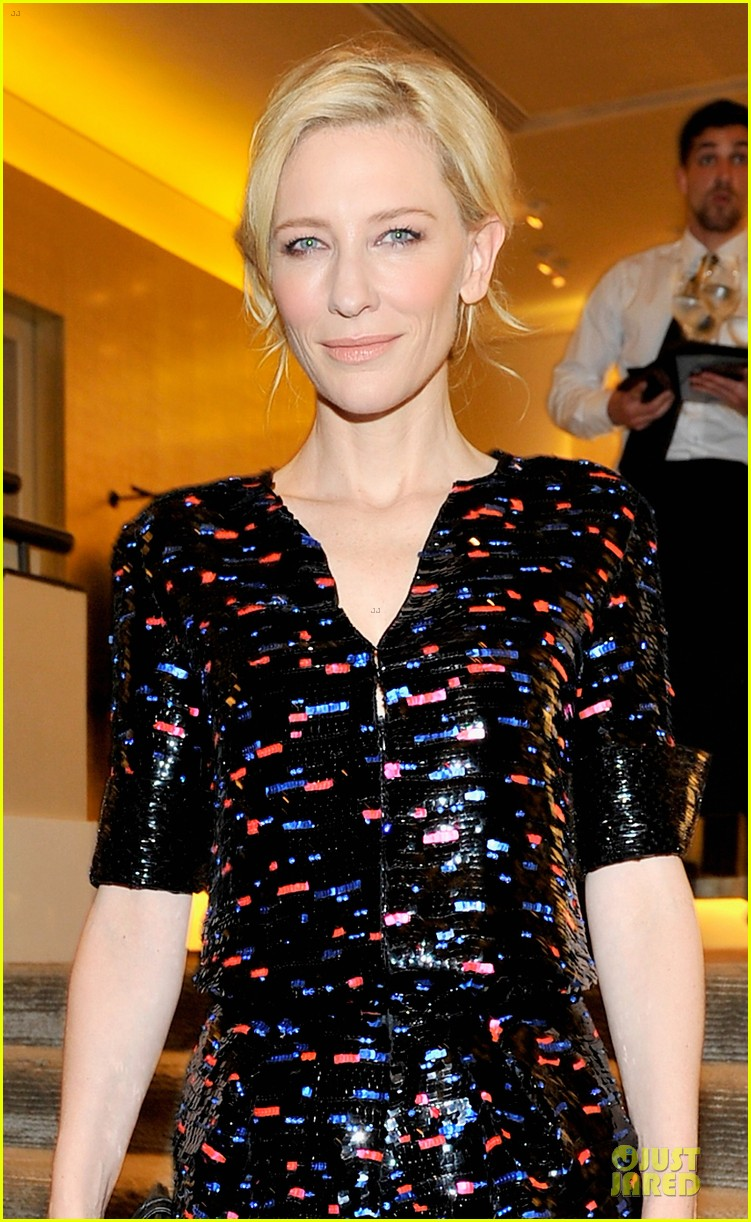 cate blanchett dons two different dresses at rodeo drive awards giorgio armani celebration 063062803