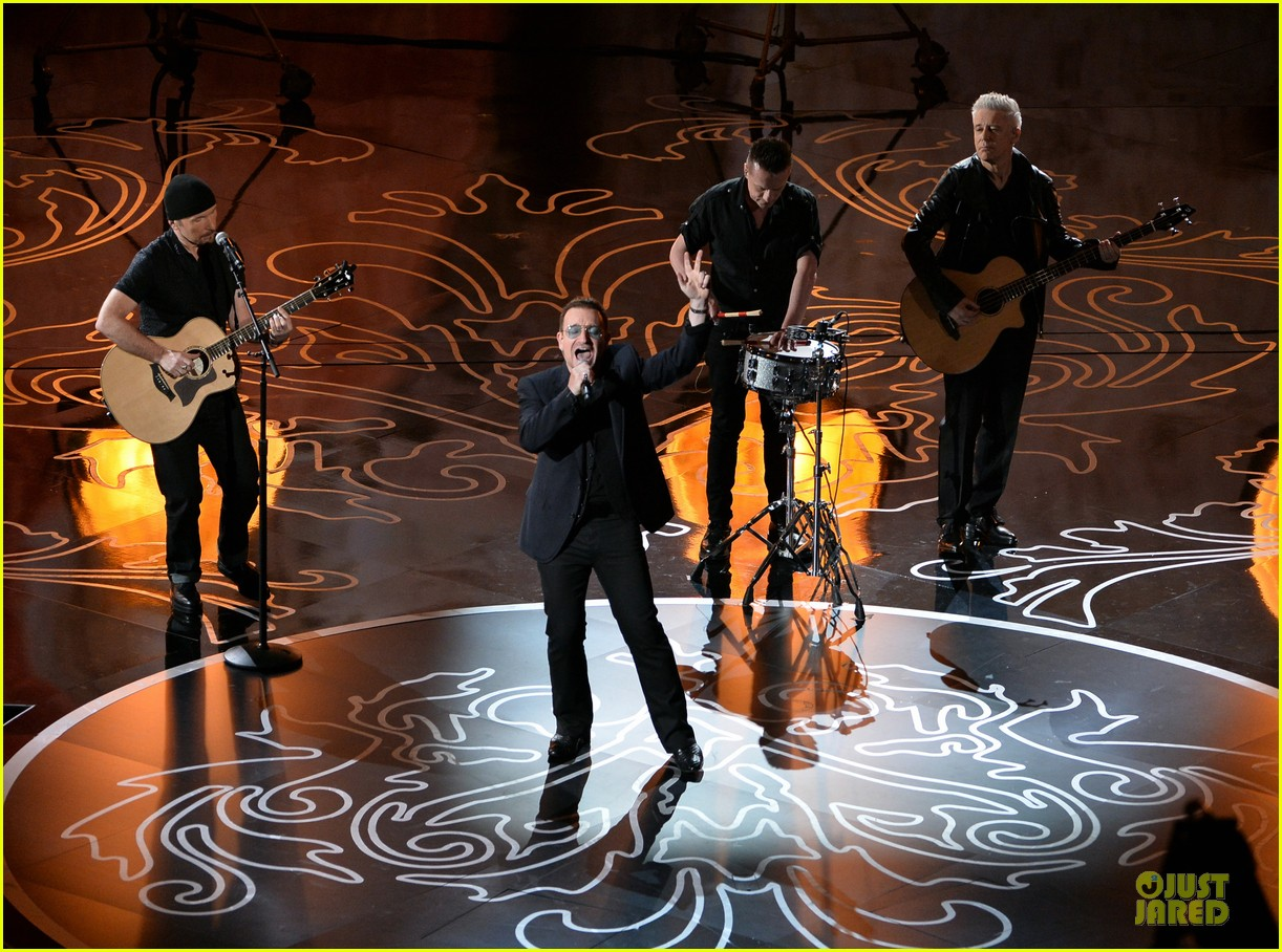 bono u2 performs ordinary love at oscars 2014 video 013064118