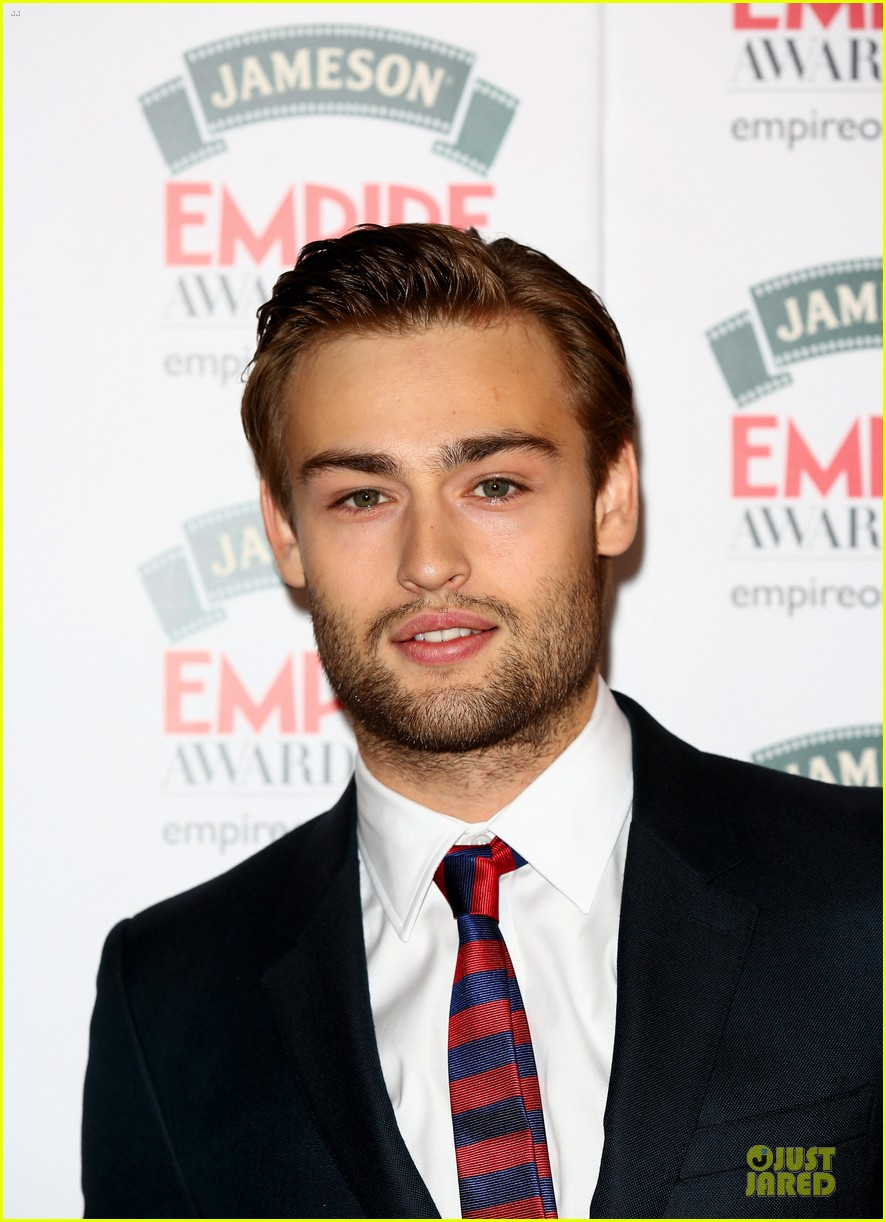 douglas booth logan lerman jameson empire awards 063081989