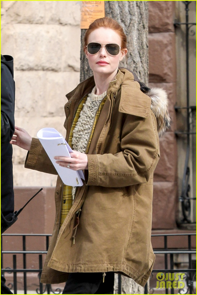 kate bosworth kristen stewart get ready for work on still alice set 063065917
