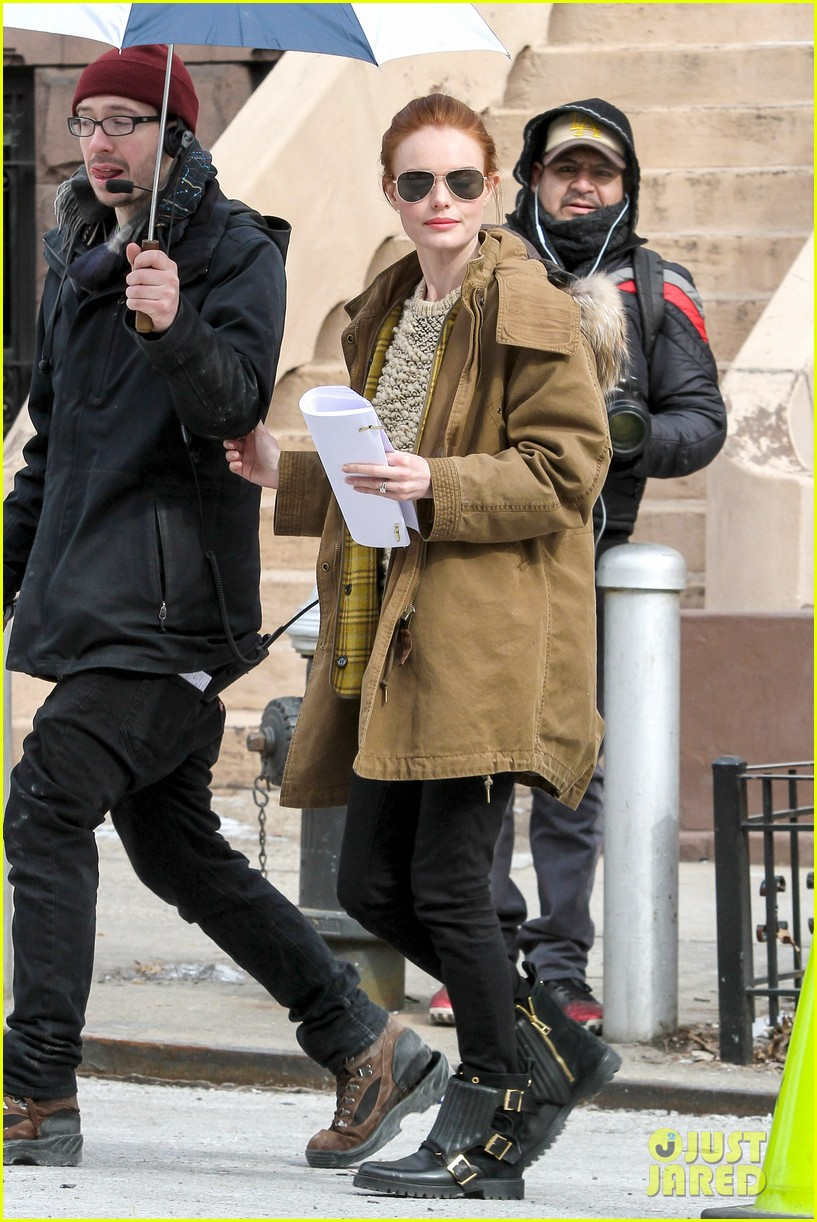 kate bosworth kristen stewart get ready for work on still alice set 073065918