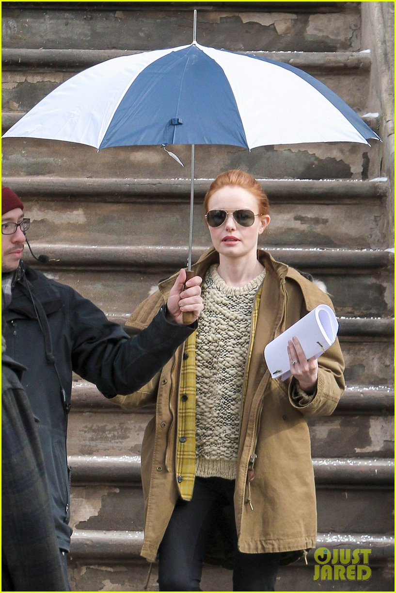kate bosworth kristen stewart get ready for work on still alice set 113065922