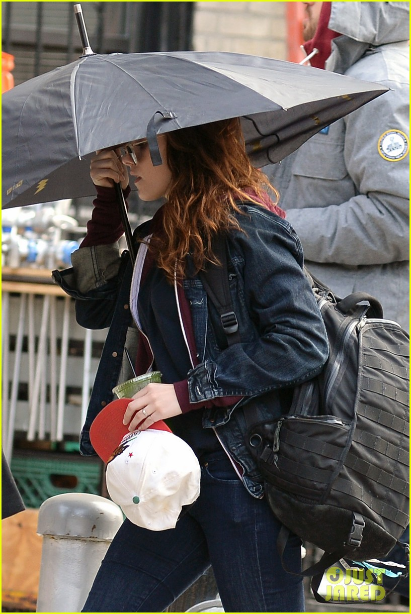 kristen stewart joins red head kate bosworth for another day of still alice 033066419