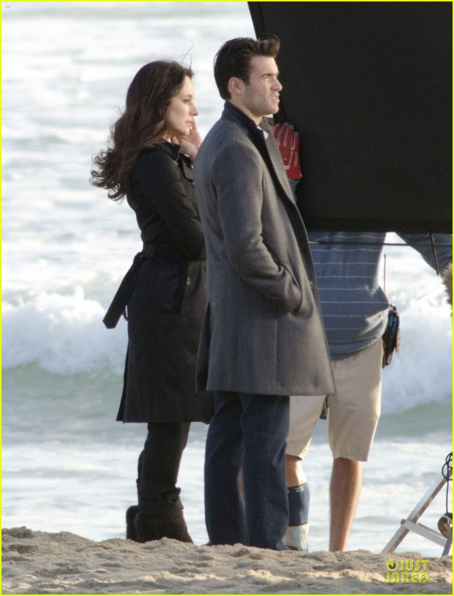 josh bowman bond madeleine stowe for revenge 013076510