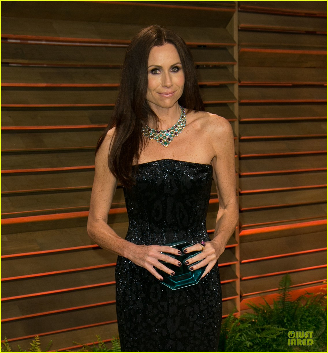 alison brie vanity fair oscars party 2014 023065550