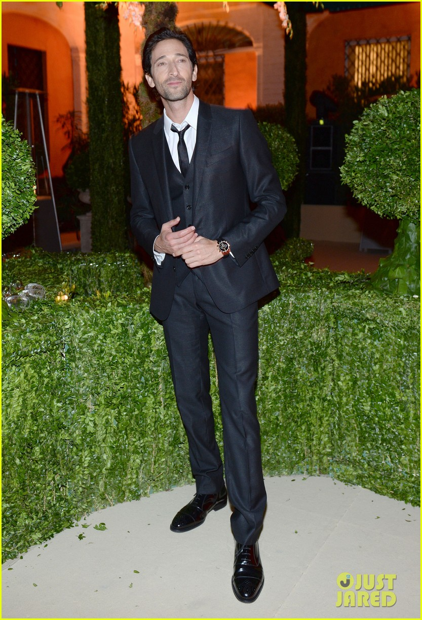 adrien brody sure knows how to wear a three piece suit 043076124