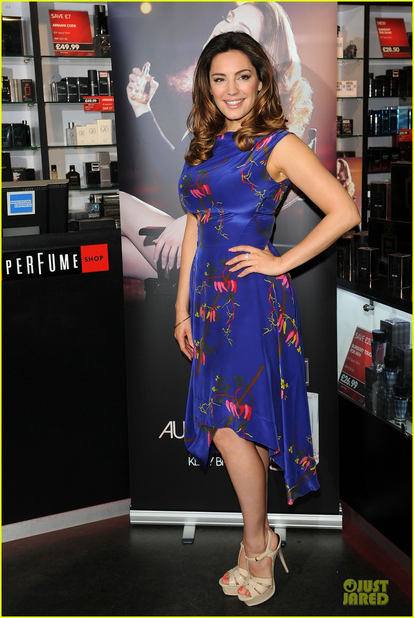 kelly brook audition perfume launch 123074058