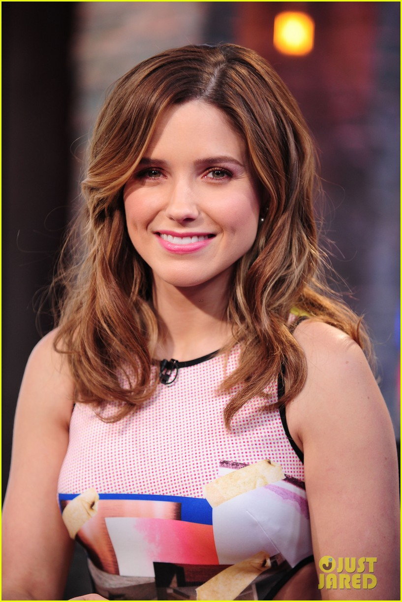 sophia bush nicky lachey reminisce about kissing on big morning buzz live 01