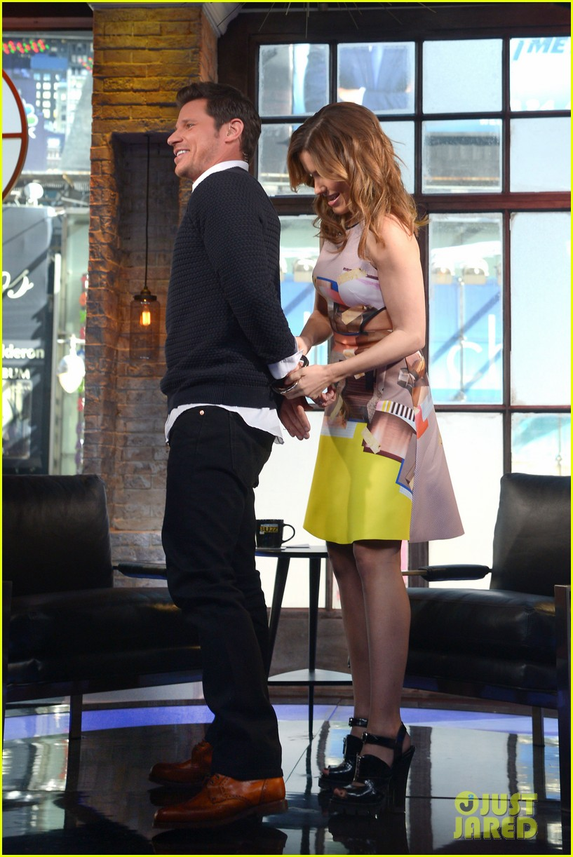 sophia bush nicky lachey reminisce about kissing on big morning buzz live 043065791