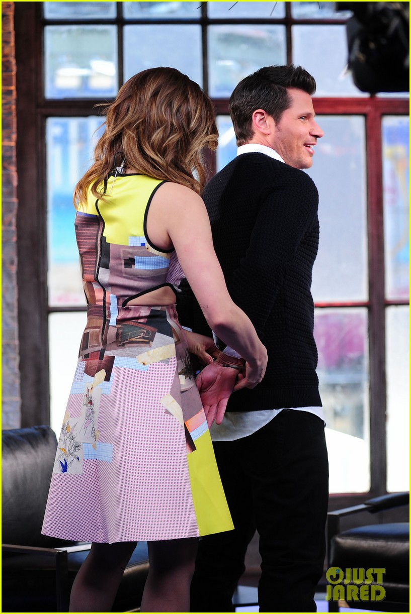 sophia bush nicky lachey reminisce about kissing on big morning buzz live 073065794