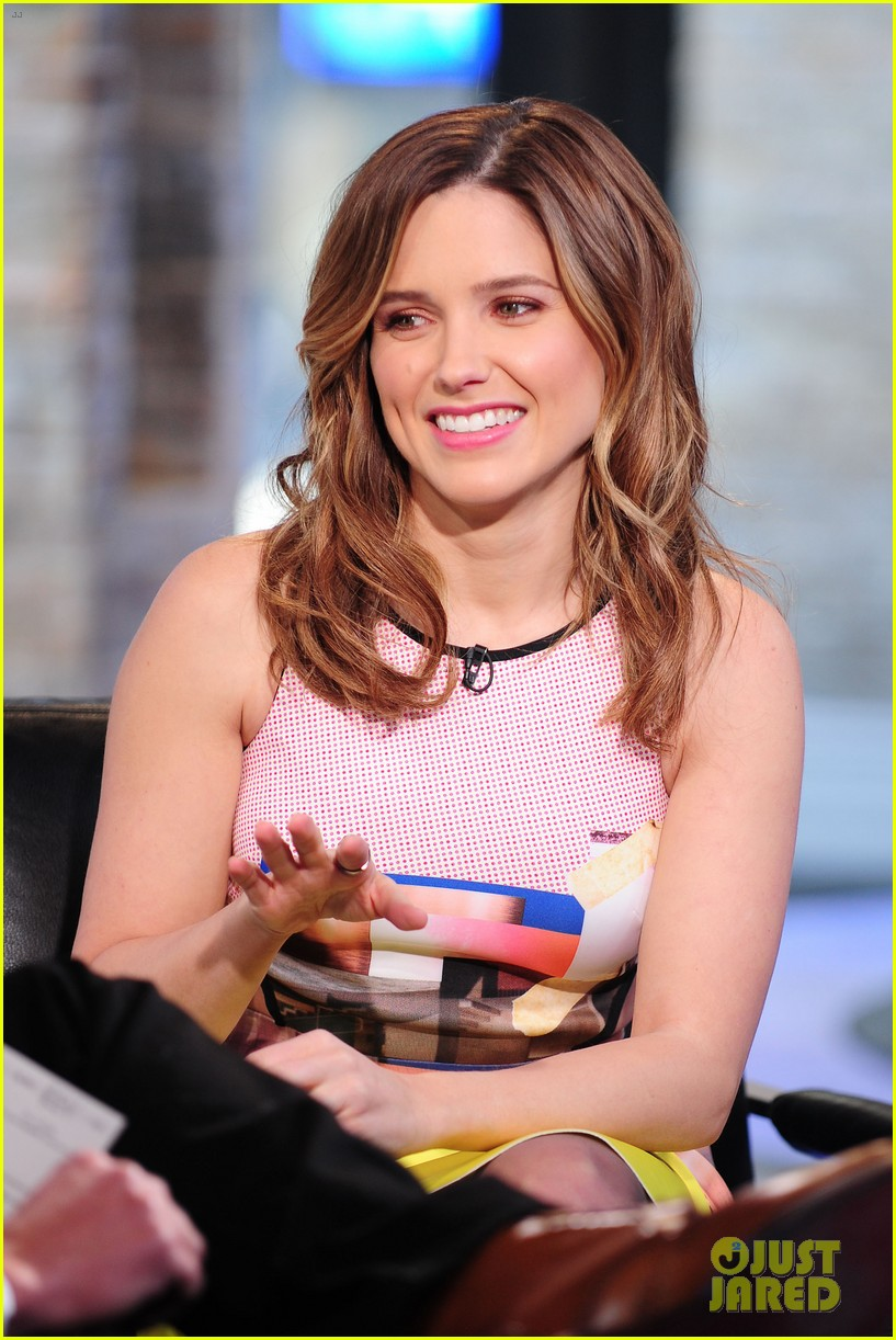 sophia bush nicky lachey reminisce about kissing on big morning buzz live 193065806