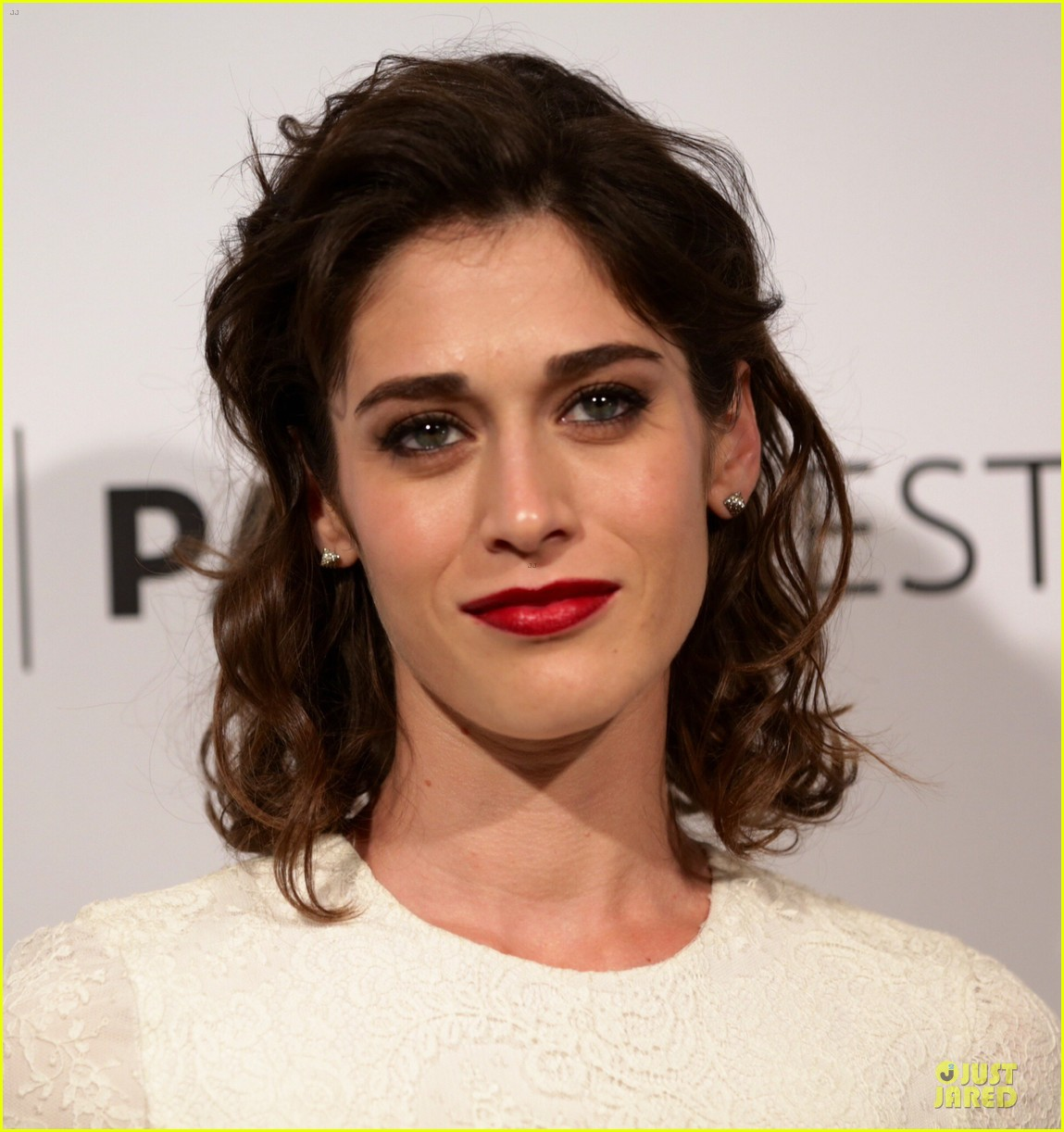 lizzy caplan michael sheen masters of sex at paleyfest 163078079