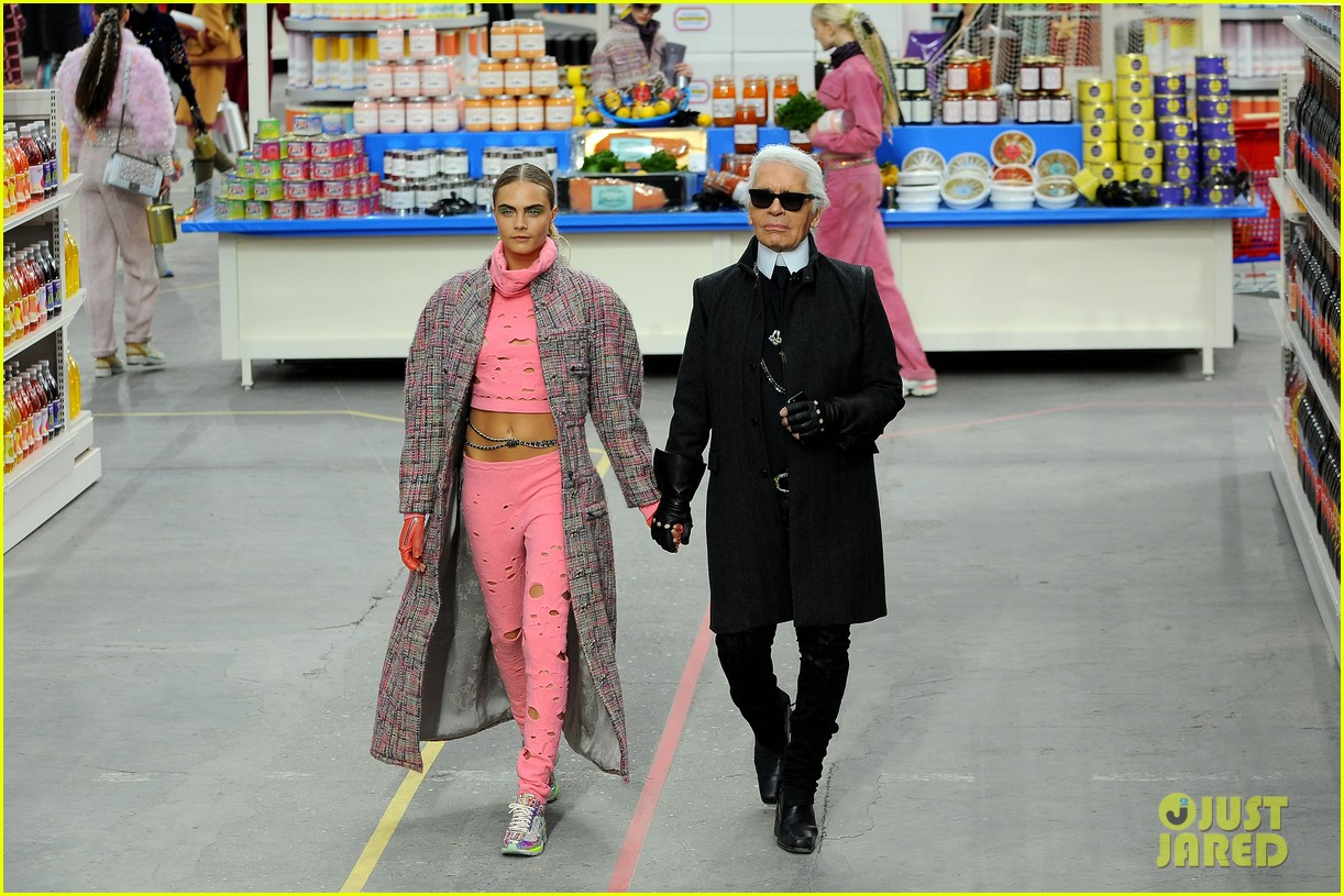 cara delevingne kendall jenner walk supermarket inspired runway at chanel show 113065991
