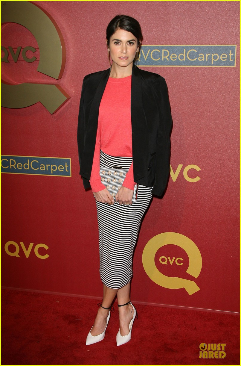 kristin chenoweth nikki reed rock florals stripes at qvc red carpet style event 173062782