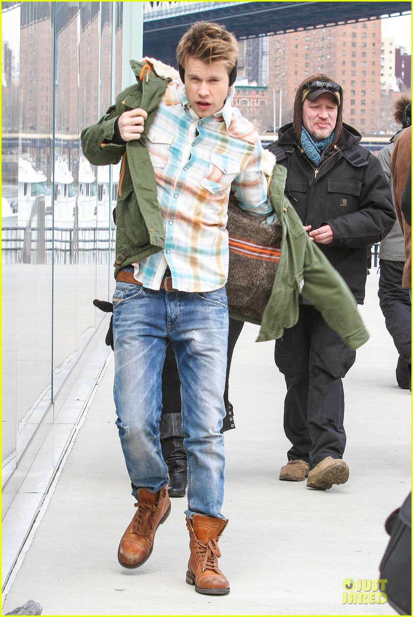 chord overstreet give amber riley jacket to stay warm 203074535