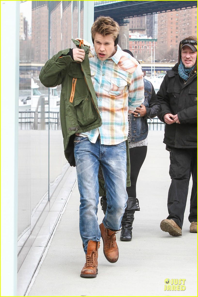 chord overstreet give amber riley jacket to stay warm 223074537