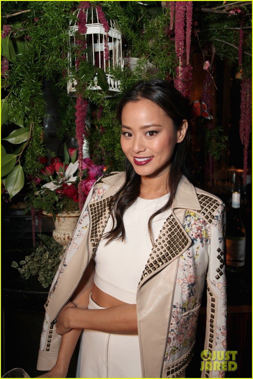jamie chung celebrates launch of flight song 053071042