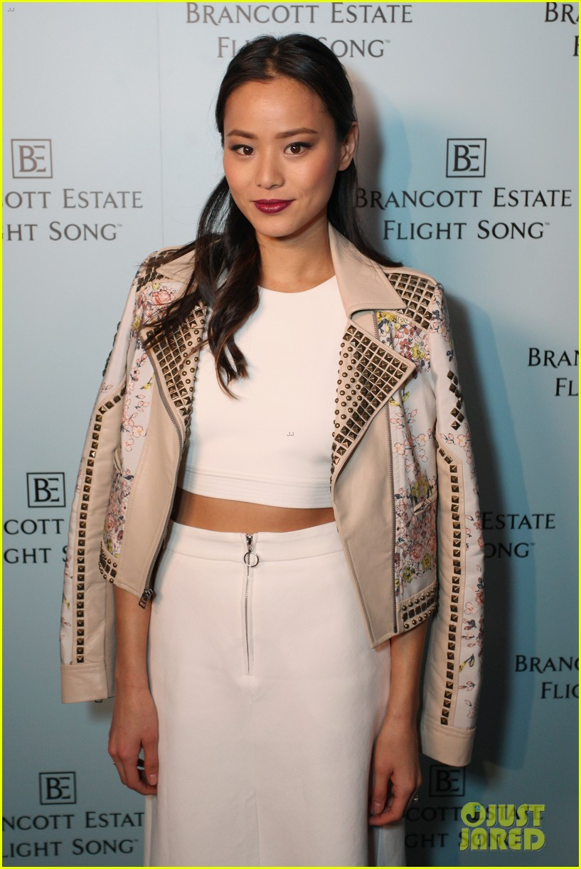 jamie chung celebrates launch of flight song 063071043
