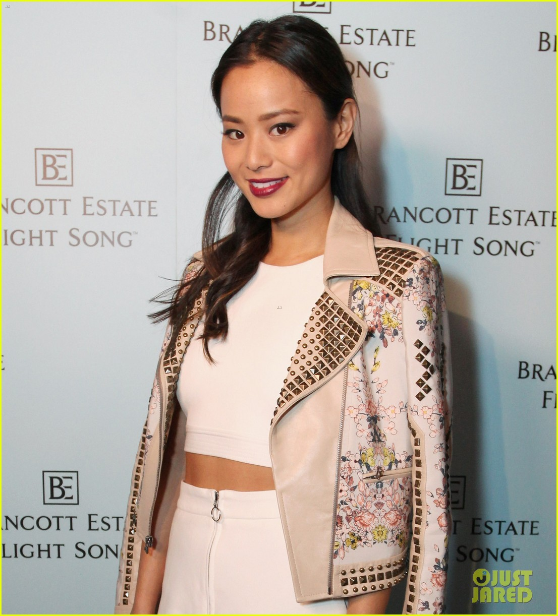 jamie chung celebrates launch of flight song 103071047