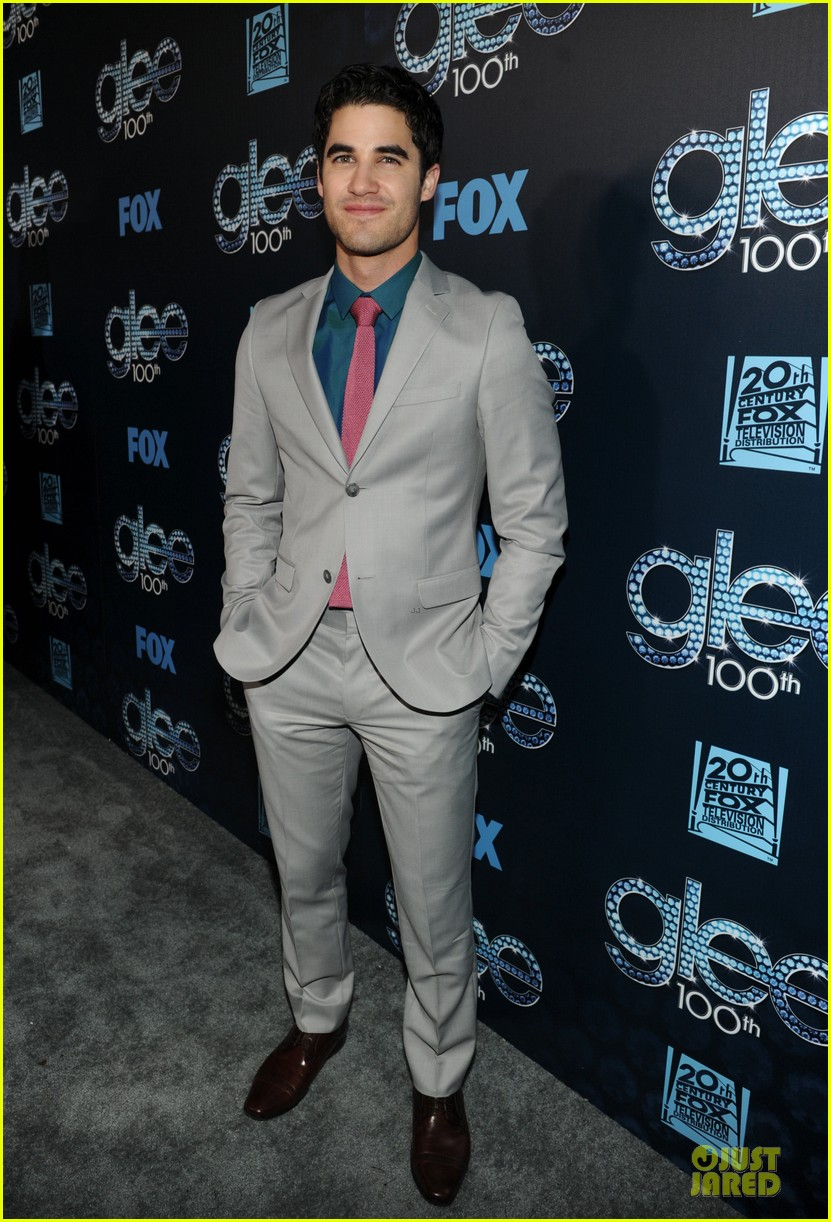 chris colfer darren criss glee 100th episode celebration 113074480