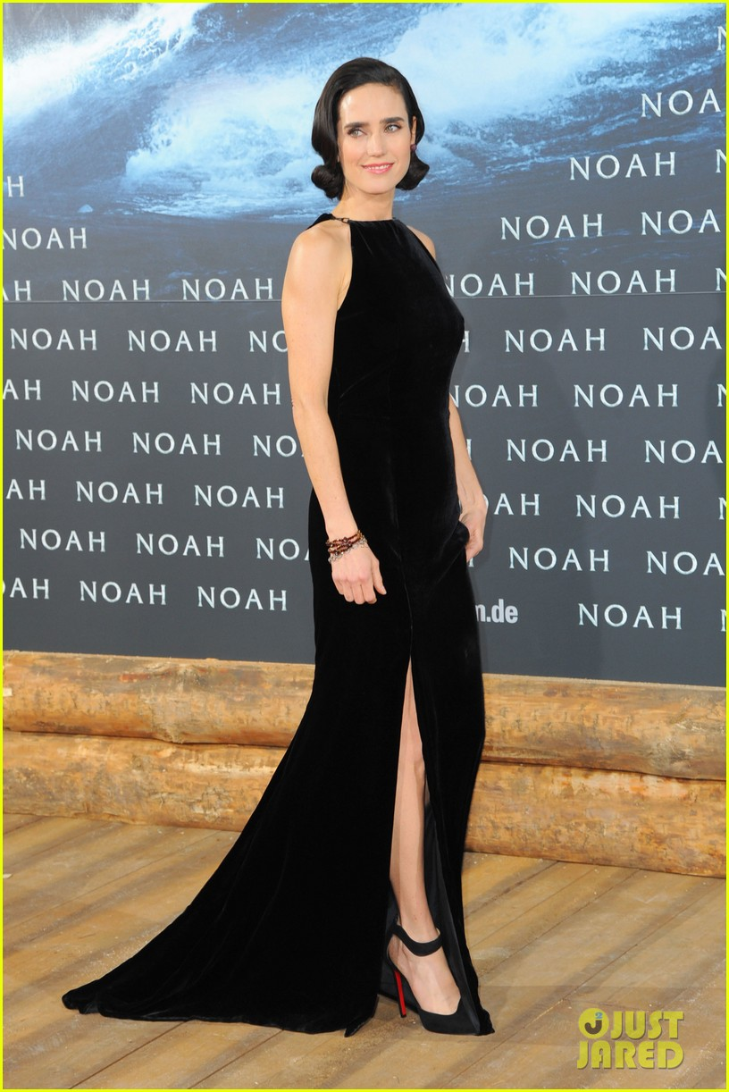 jennifer connelly douglas booth noah premiere in berlin 033071316