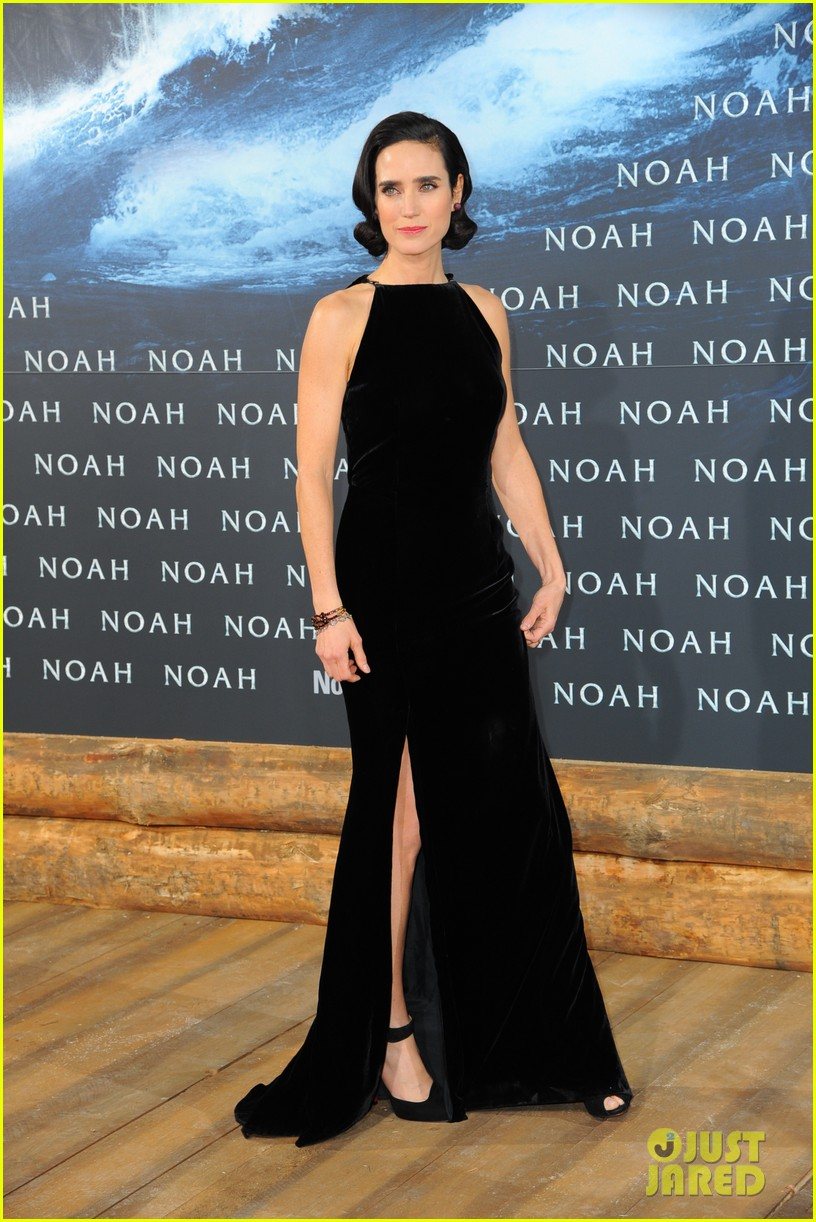 jennifer connelly douglas booth noah premiere in berlin 123071325