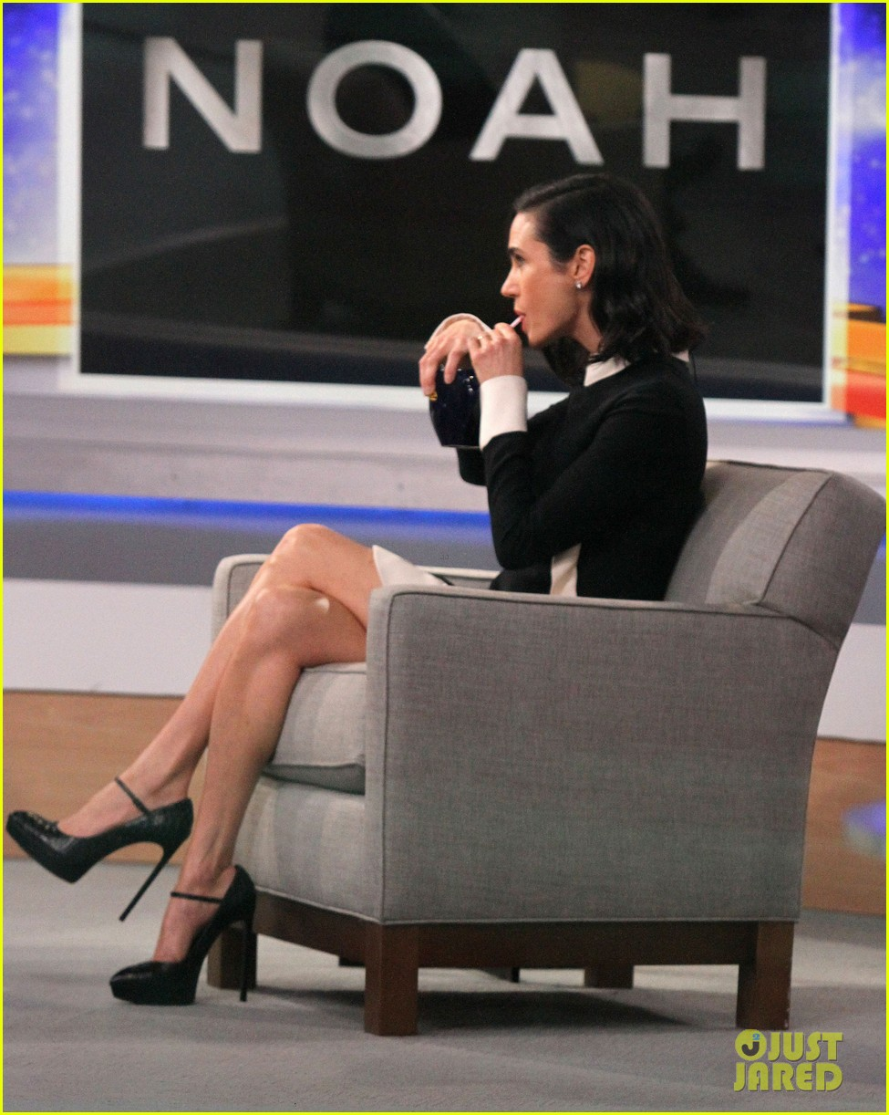 jennifer connelly promotes noah on gma 083075385