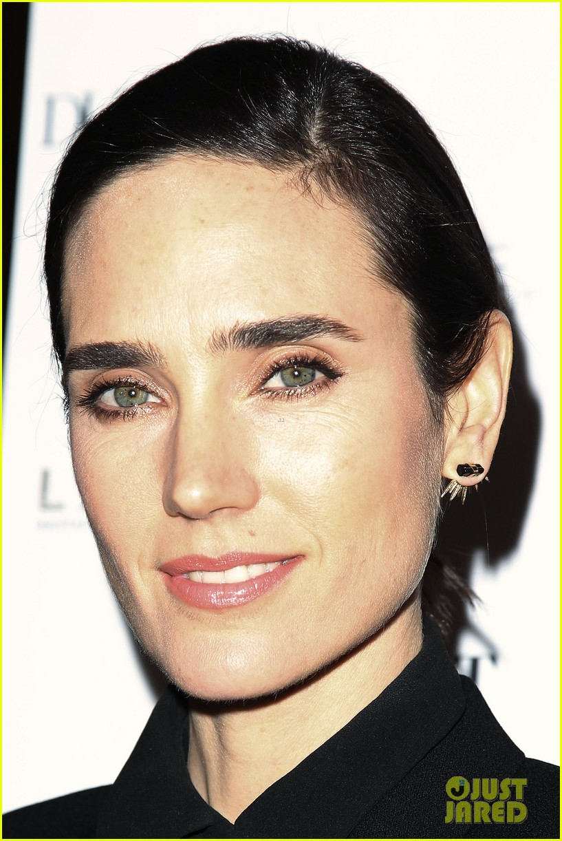 noah jennifer connelly russell crowe take over late night 163080326