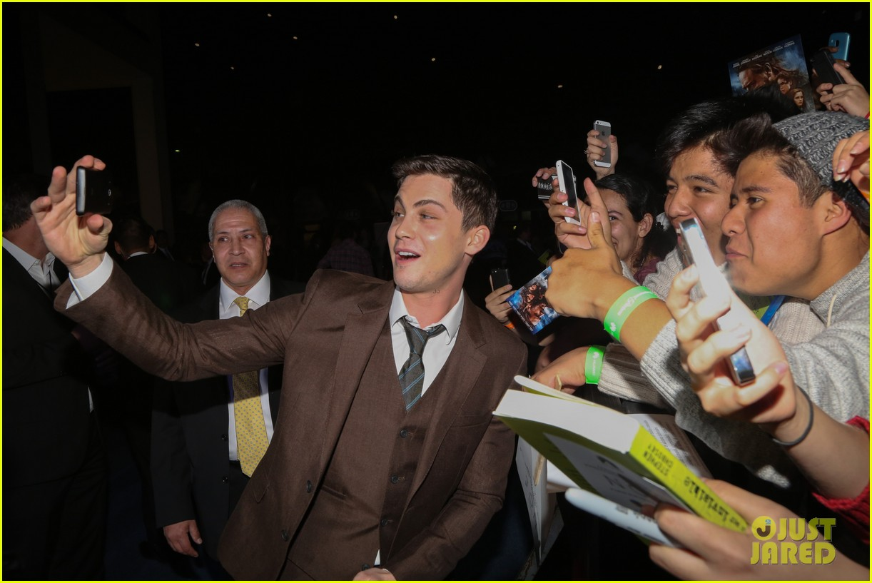 jennifer connelly logan lerman noah premiere in mexico 133069844