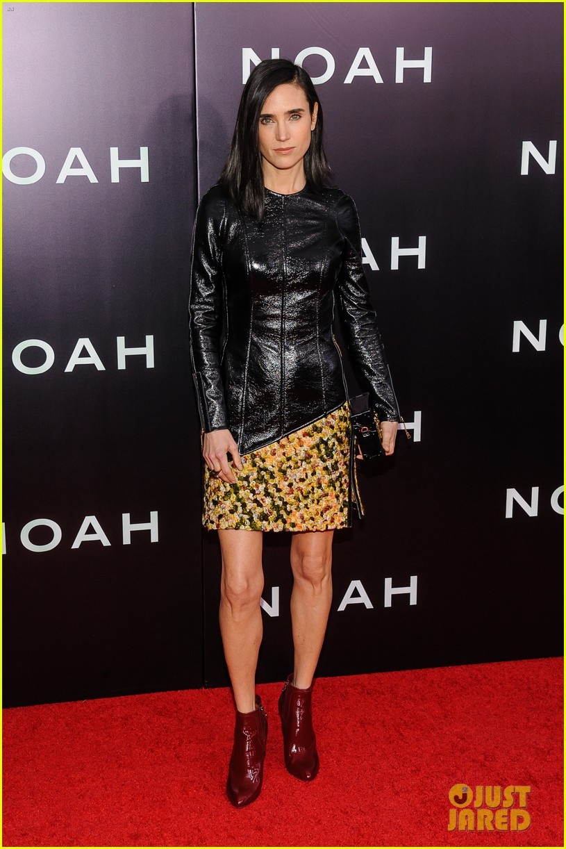 jennifer connelly russell crowe noah nyc premiere 033079181
