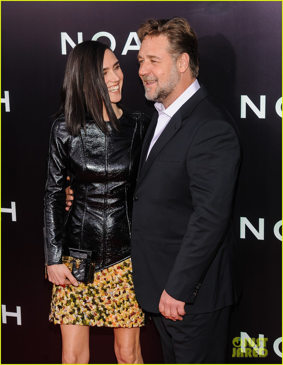 jennifer connelly russell crowe noah nyc premiere 113079189