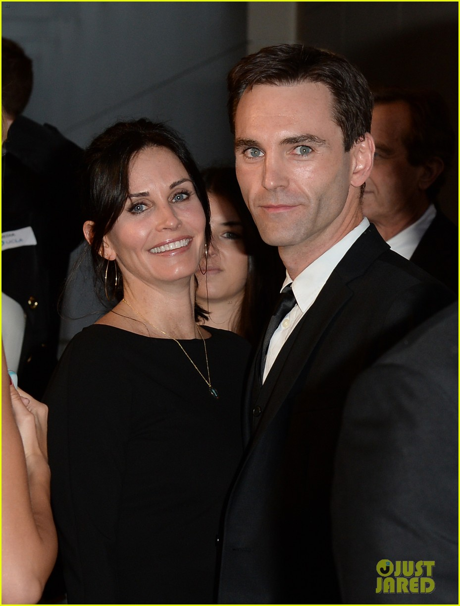 courteney cox boyfriend johnny mcdaid look so in love 253076828