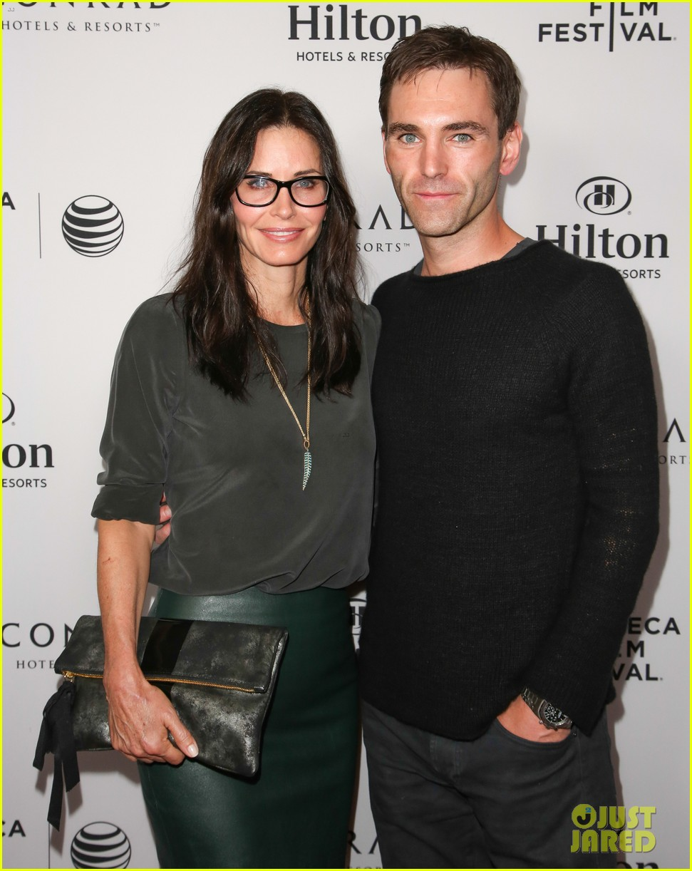 courteney cox johnny mcdaid tribeca film festival 10