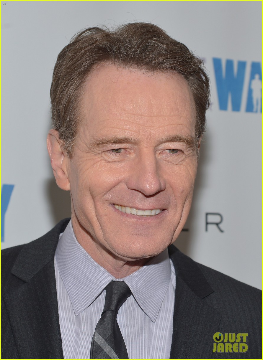 bryan cranston gets support from breaking bad pal 07