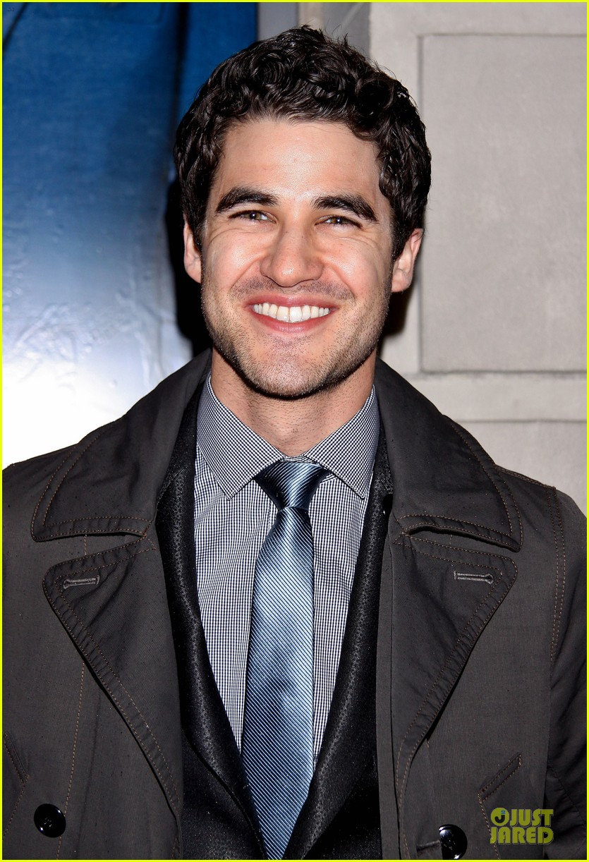 darren criss jesse ferguson if then show 103082031