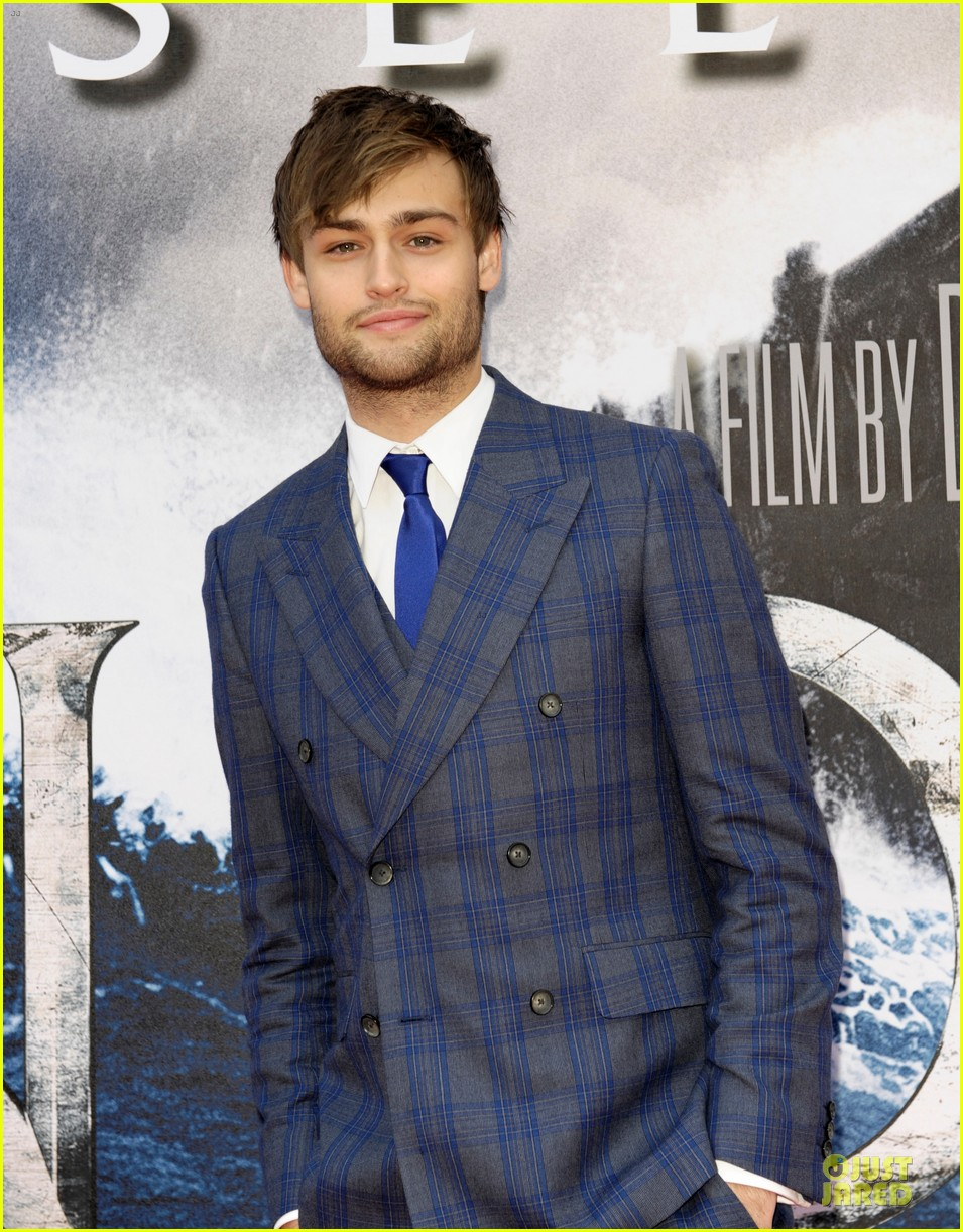 Billy Booth (actor) Wallpapers Douglas Booth Noah Premieres In London Part Pictures to pin on