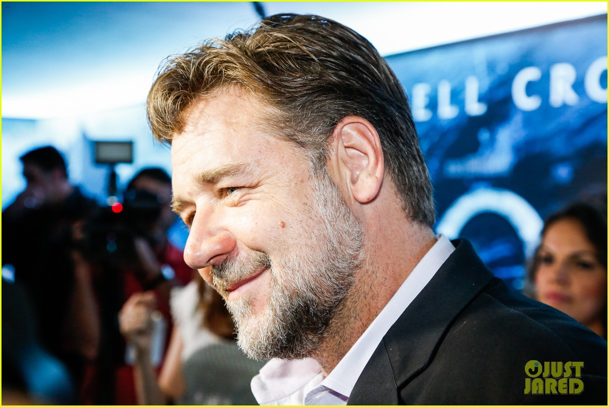 russell crowe opens up about his meeting with pope francis 133076911