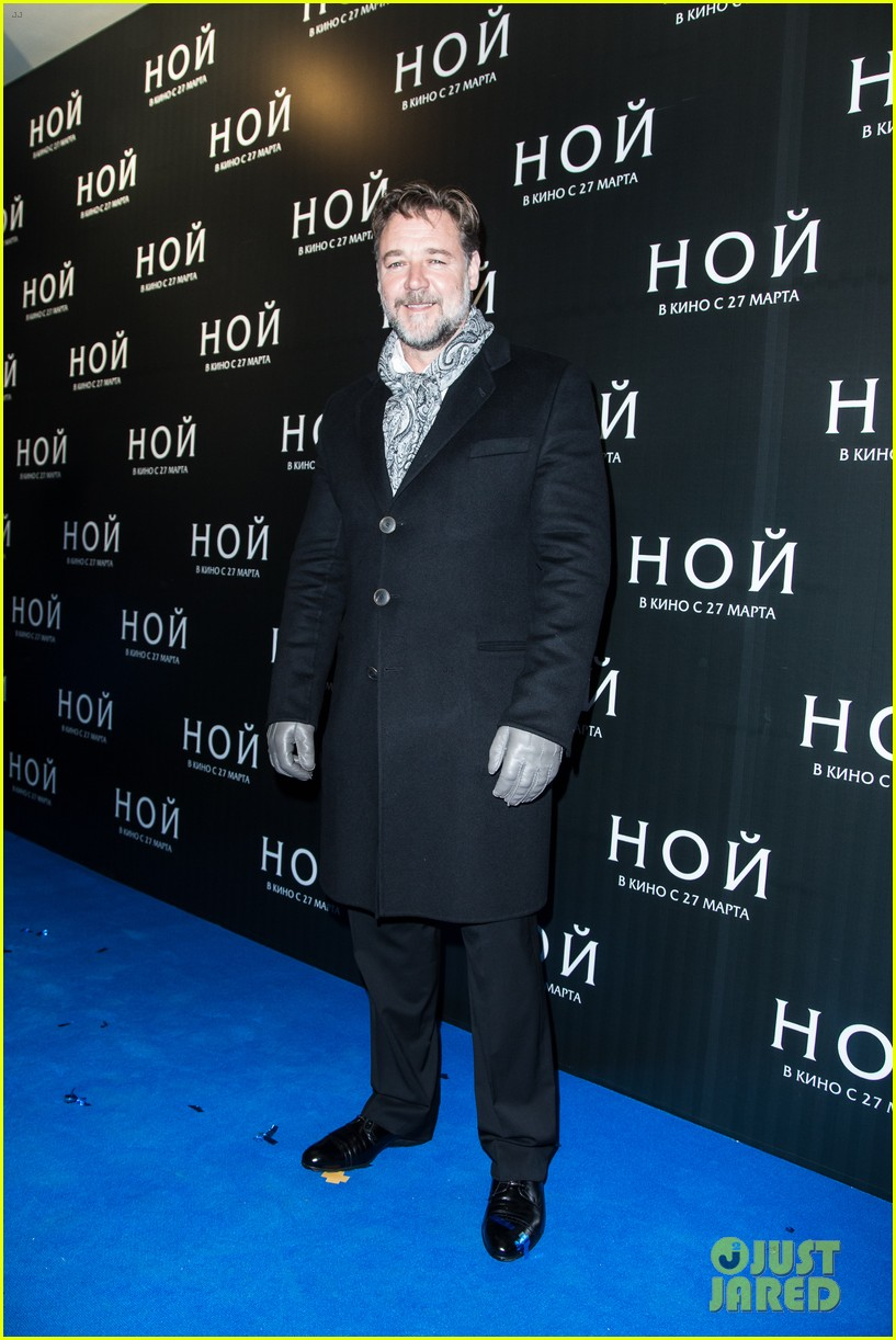 russell crowe meeting with pope canceled 013073788