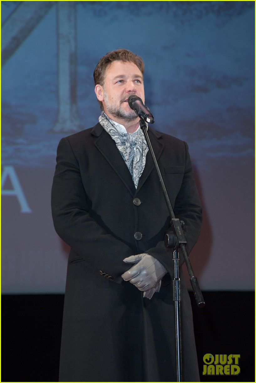 russell crowe meeting with pope canceled 023073789