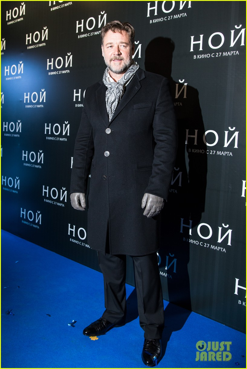 russell crowe meeting with pope canceled 093073796