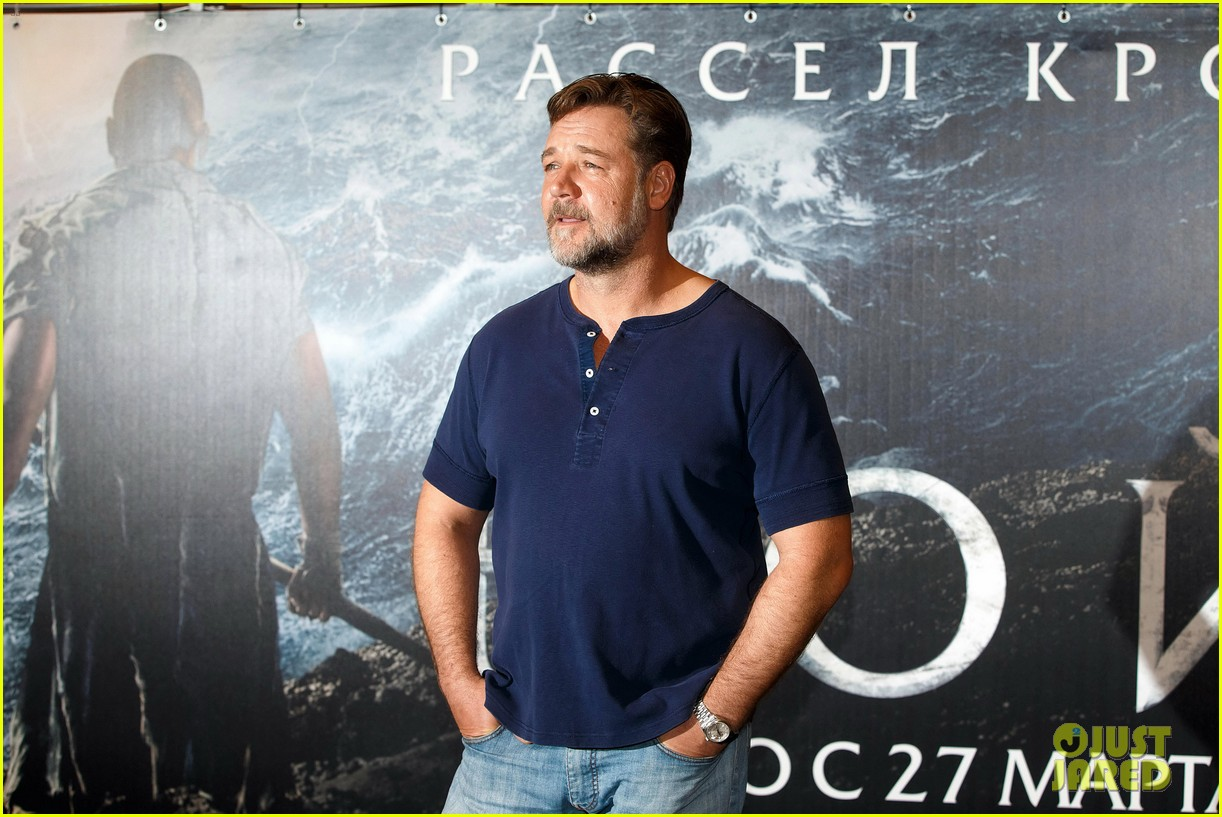 russell crowe meeting with pope canceled 203073807