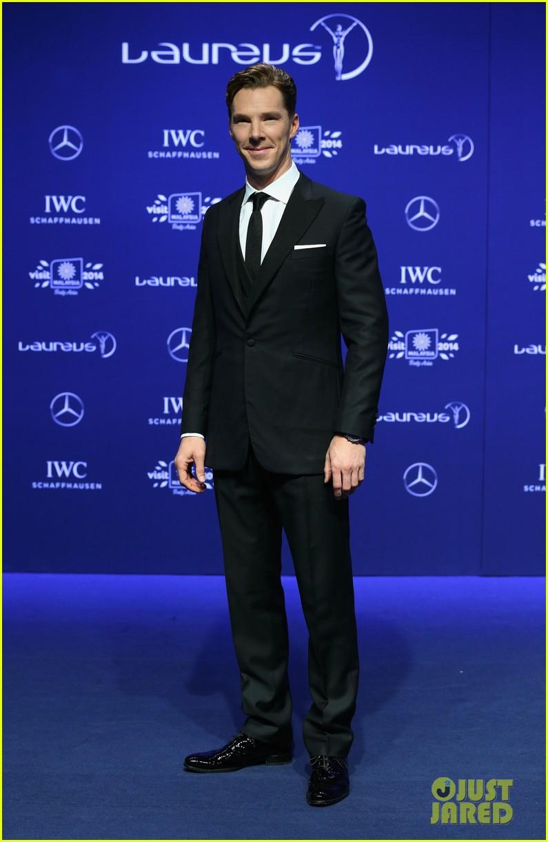 benedict cumberbatch looks mighty fine hosting sports award show 103078882