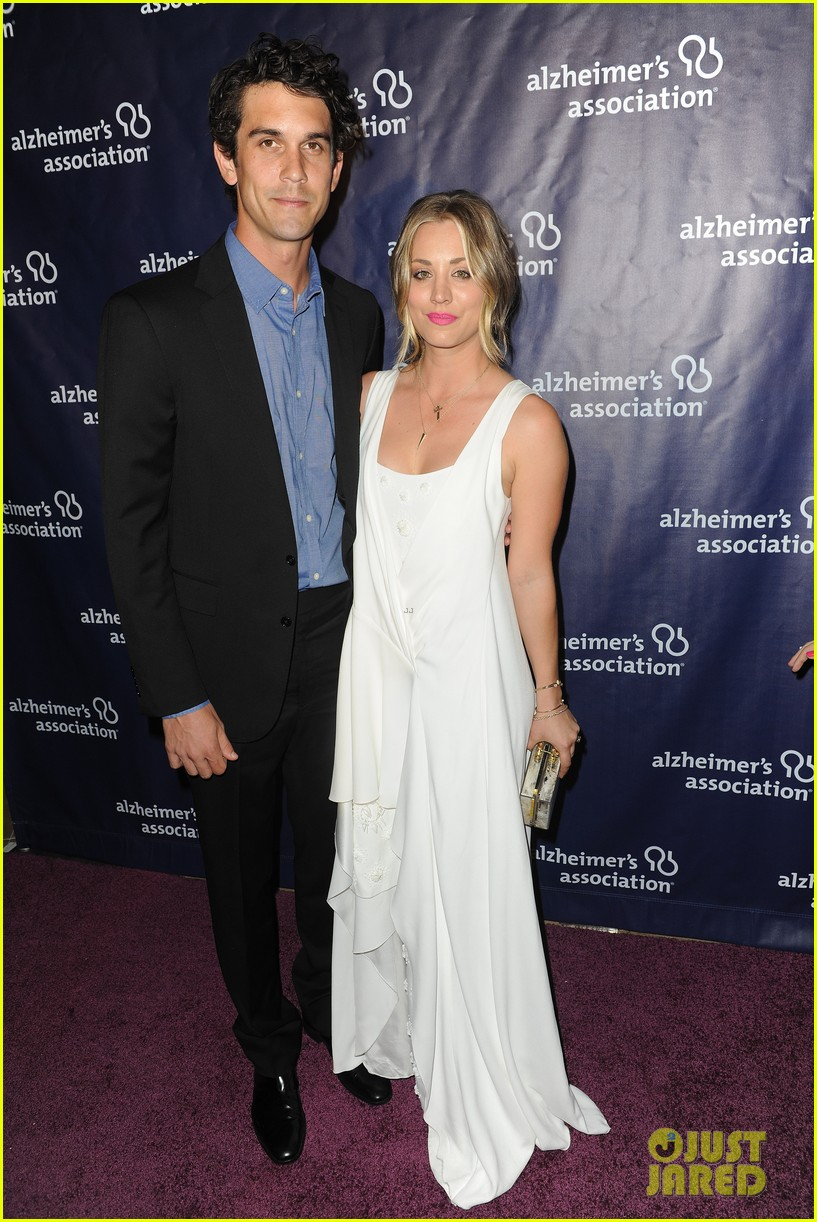 kaley cuoco attends a night at sardis with ryan sweeting sister briana 023079546