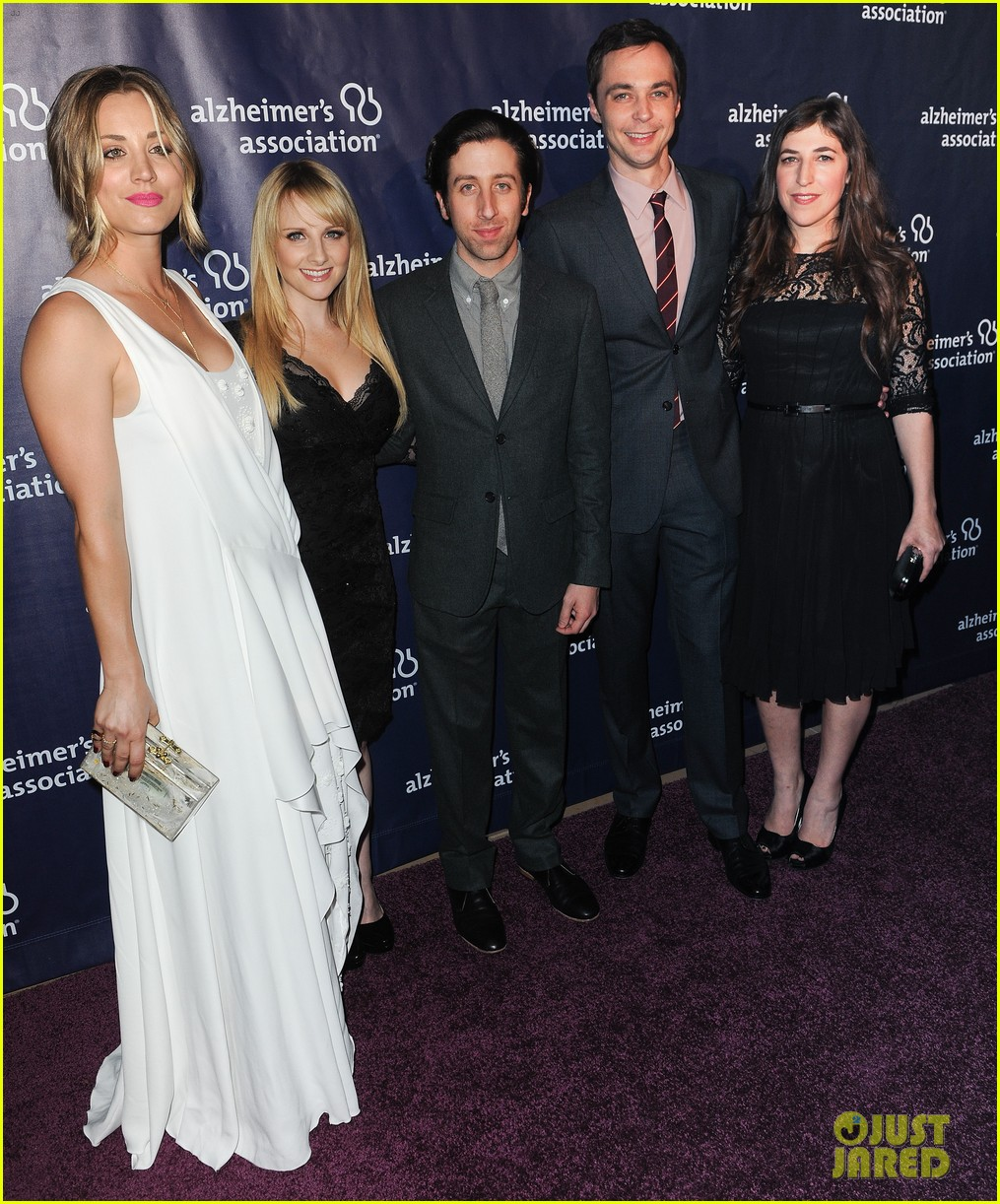 kaley cuoco attends a night at sardis with ryan sweeting sister briana 143079558