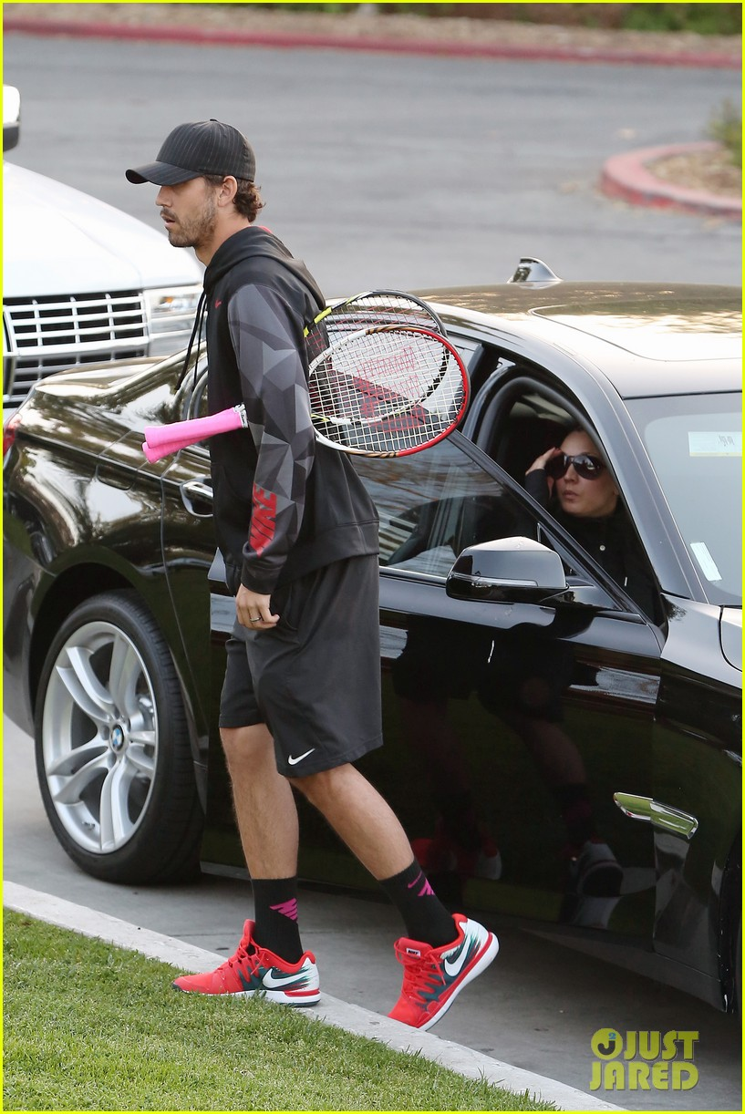 kaley cuoco ryan sweeting compete in tennis match end game with a sweet smooch 103077004