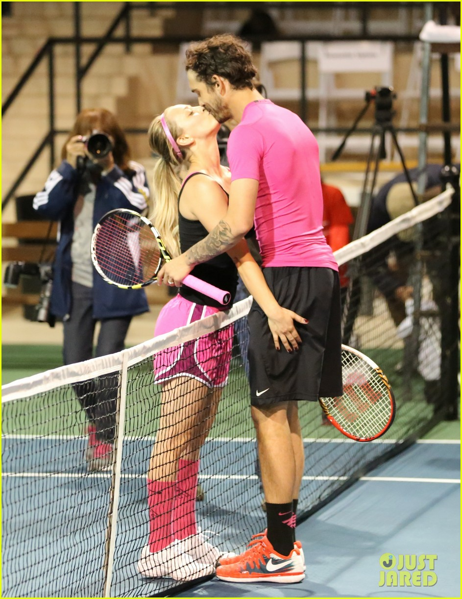 kaley cuoco ryan sweeting compete in tennis match end game with a sweet smooch 113077005