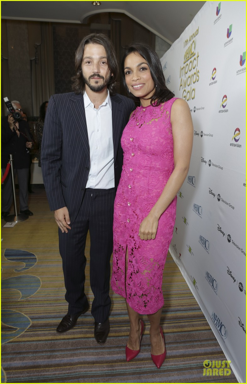 diane kruger rosario dawson impact us with presenting skills at nhmc awards 053065652